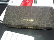 CALVIN KLEIN Wallet WOMENS CLUTCH WALLET LEATHER